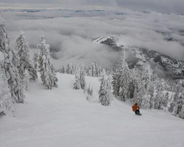 Snowboarding at Red Mountain Resort